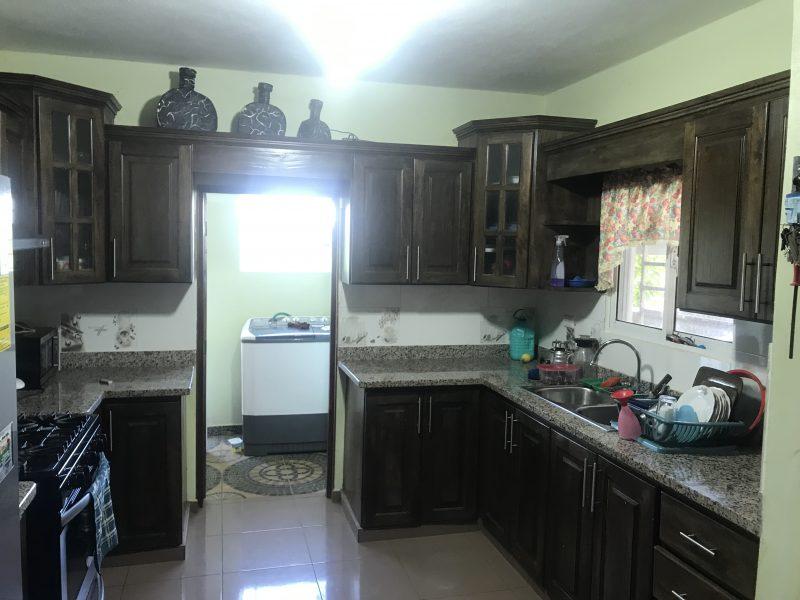 Vendemos hermosa casa en Jarabacoa